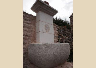 fontaine sculpture taille de pierre charente nouvelle aquitaine